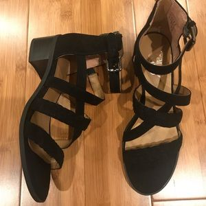Franco Sarto flat sandal